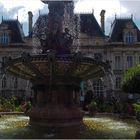 Limoges : L'Hôtel de ville et sa fontaine