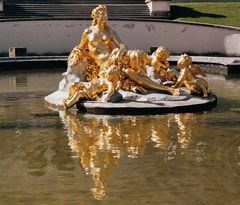 Linderhof-Brunnenfigur