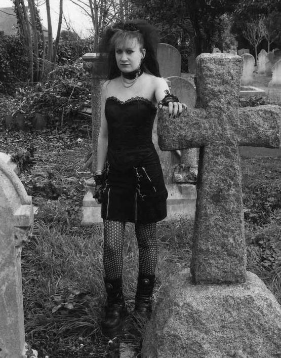 Lindy the Goth