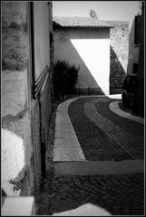 ..Linee orizzontali...verticali...curve...