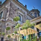 Lingnerschloss Dresden: Ameisenperspektive Ostflügel