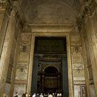 L'ingresso del Pantheon