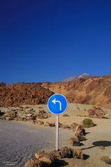 Links geht es zum Teide