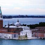 L'installation de Heinz Mack située en face de San Giorgio Maggiore