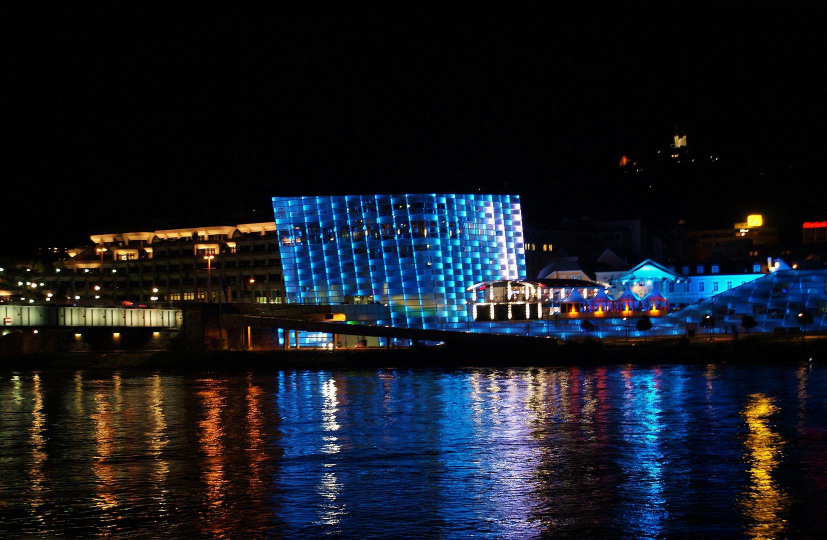 LINZ - Blick über die Donau