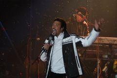 Lionel Richie 211