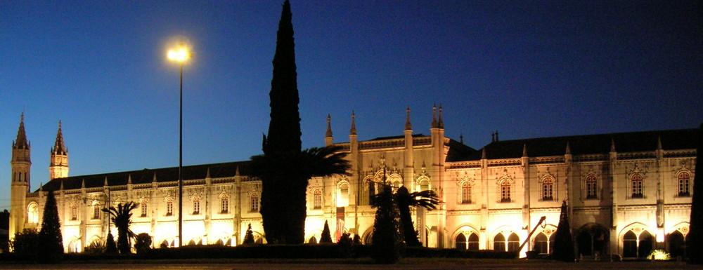 Lisboa - Tag und Nacht schön