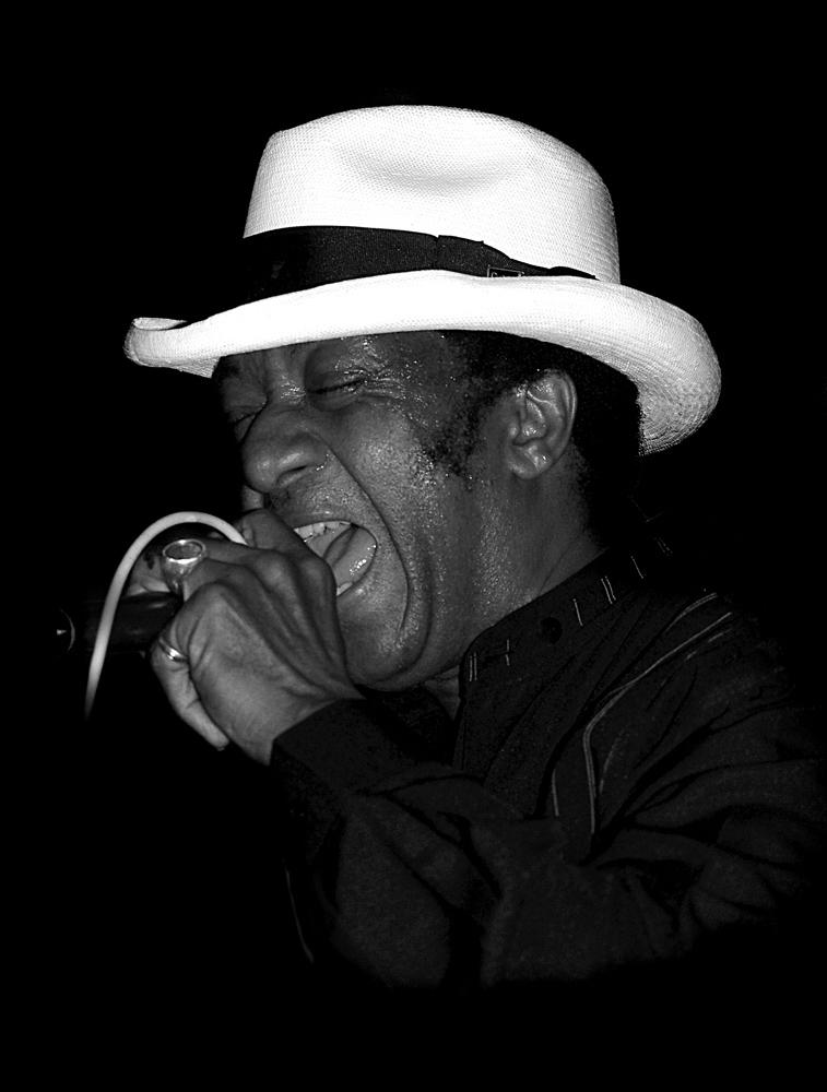living blues legend