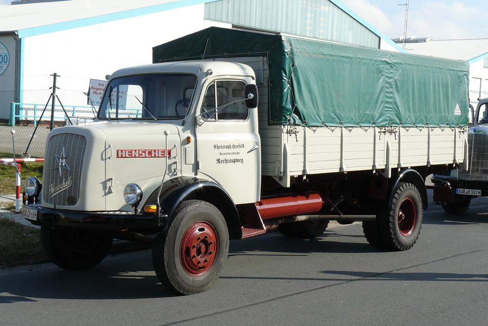 LKW Oldtimer Henschel