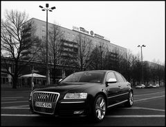 LKW Tatra vs Audi S8