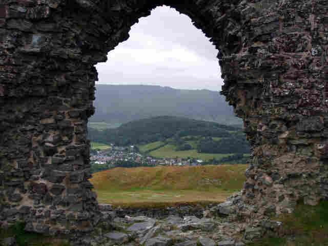 LLANGOLLEN ( North Wales ) 2