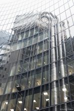 Lloyd`s in the mirror of Willis Towers
