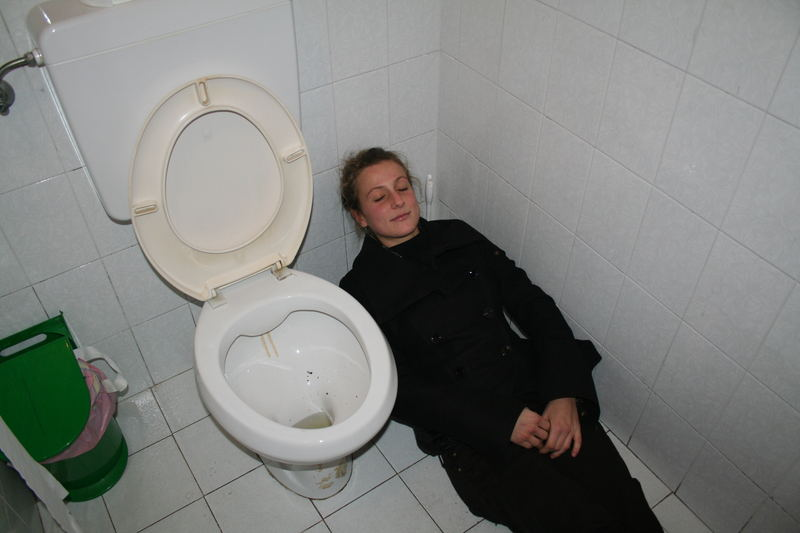 Lo sdraiato...In bagno!!