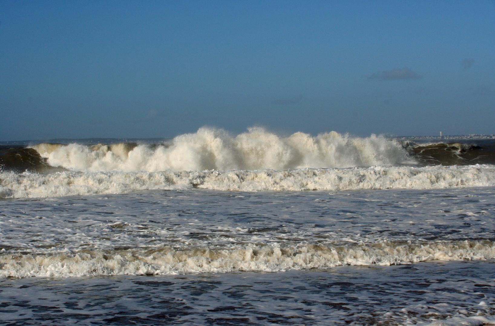 l'océan est trés agité