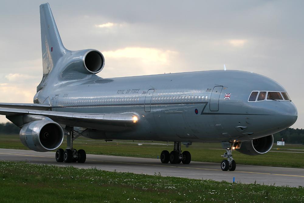 Lockheed L-1011 TriStar 500 @ EDDV