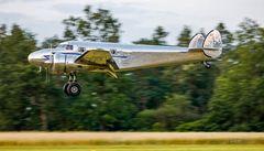 Lockheed Modell 12