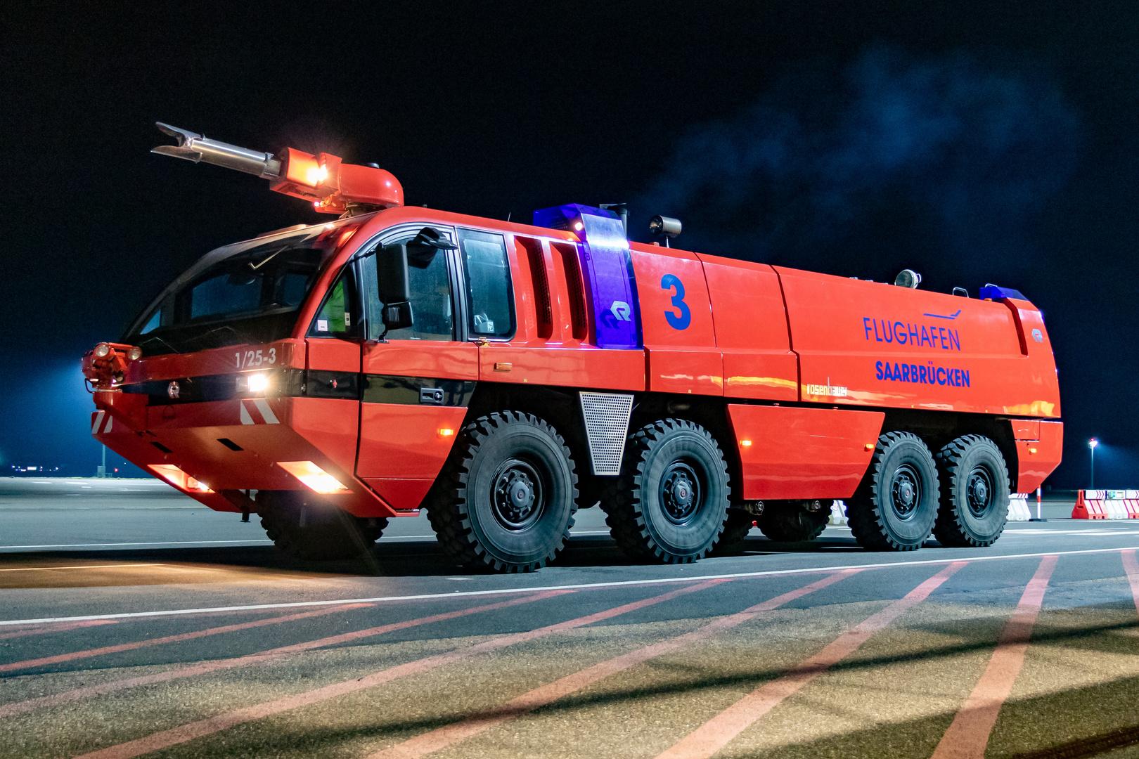 Löschfahrzeug der Flughafen Feuerwehr