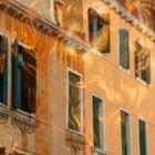 Löwe vor Palazzo