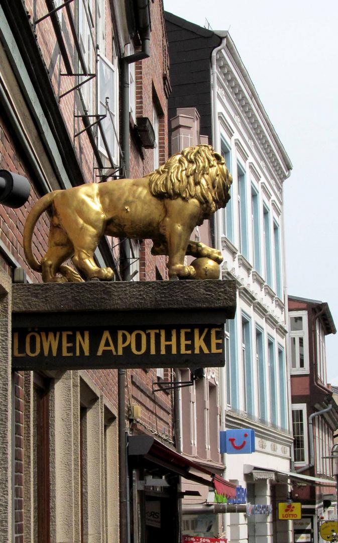 Löwenapotheke ............
