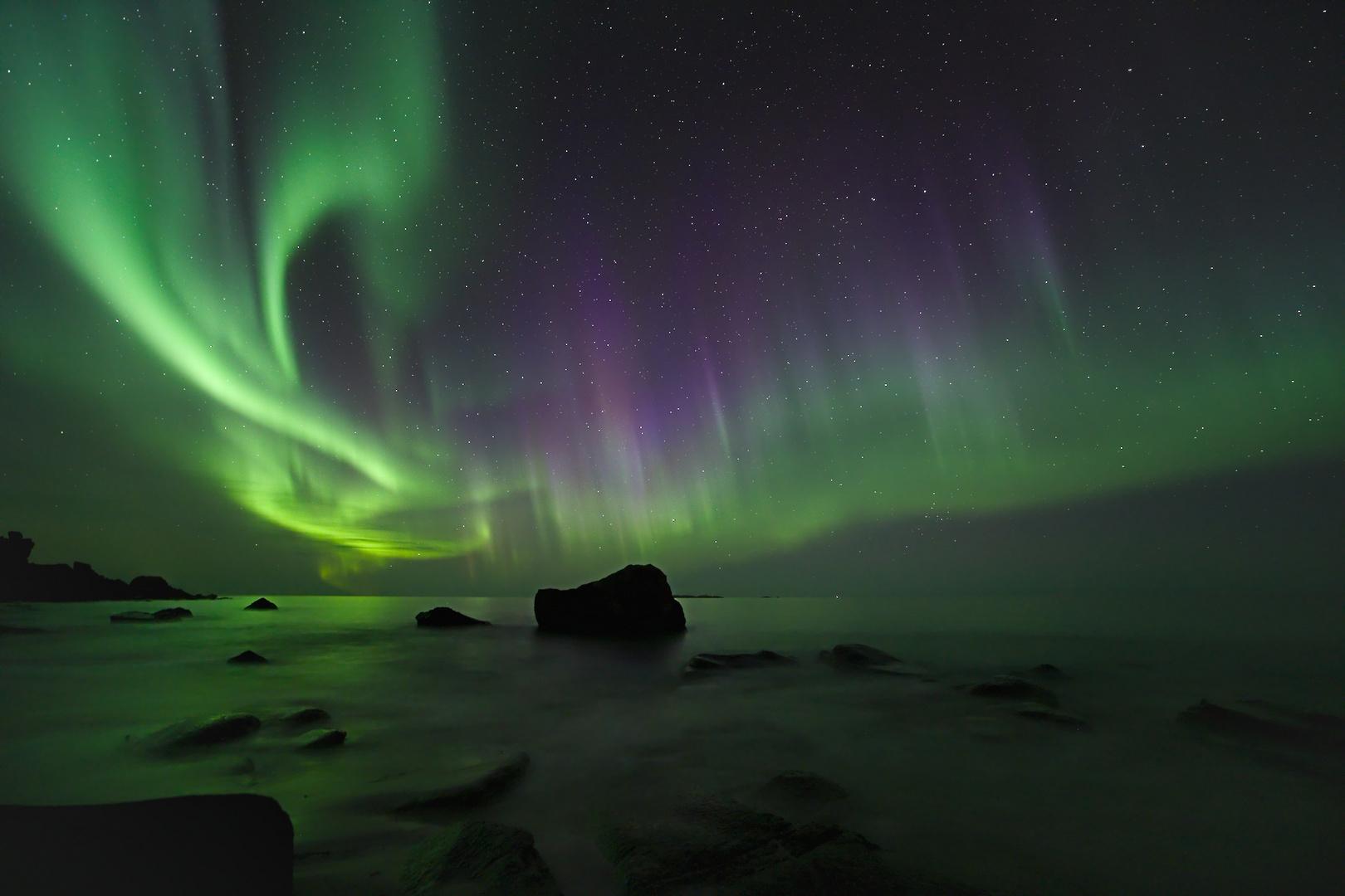 Lofoten - Fire in the Sky