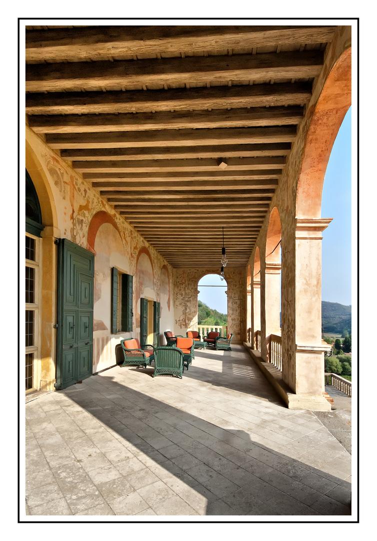 Loggia der Villa dei Vescovi in Luvigliano