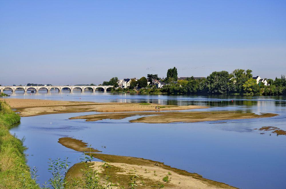 Loire-Brücke bei SAUMUR
