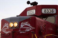 Lok auf Lok, Logo auf der EMD SD40T-2 von RJ Corman Railroad Company