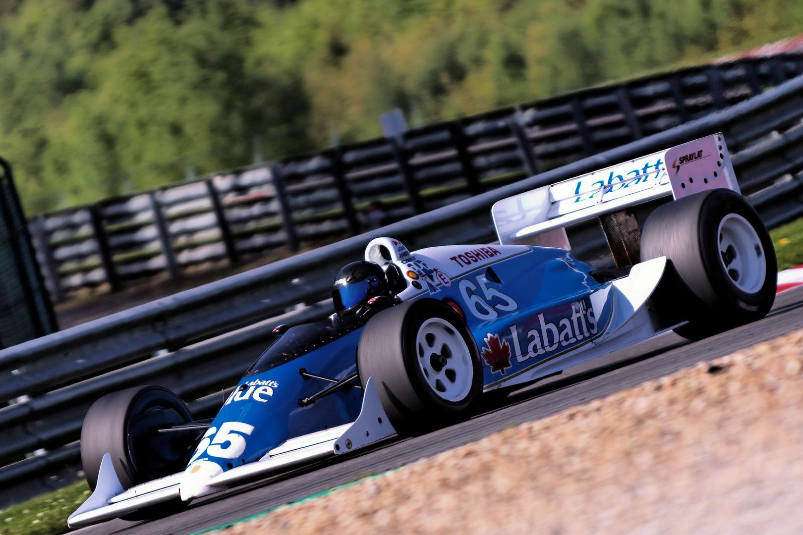 Lola T8900 Indycar