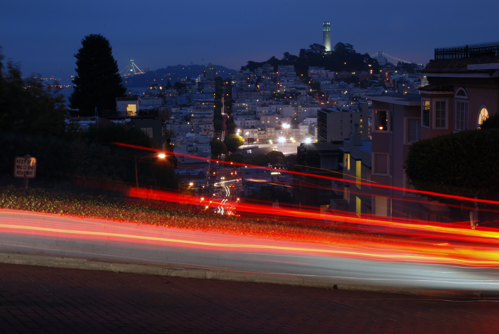 Lombard Street bei Nacht