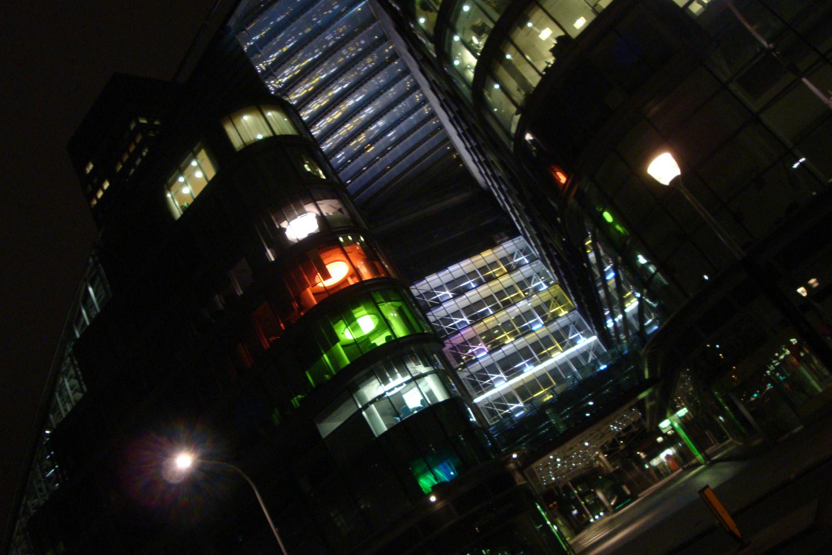 London, 01:55 am