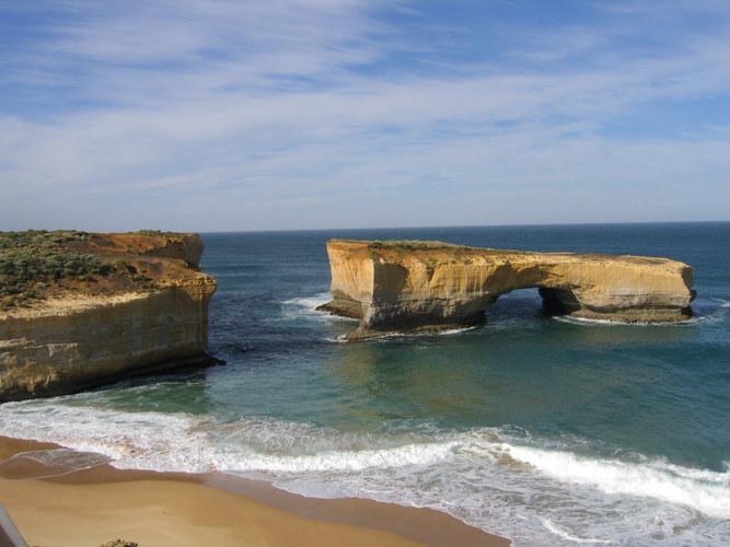 """London Bridge"" in Australia"