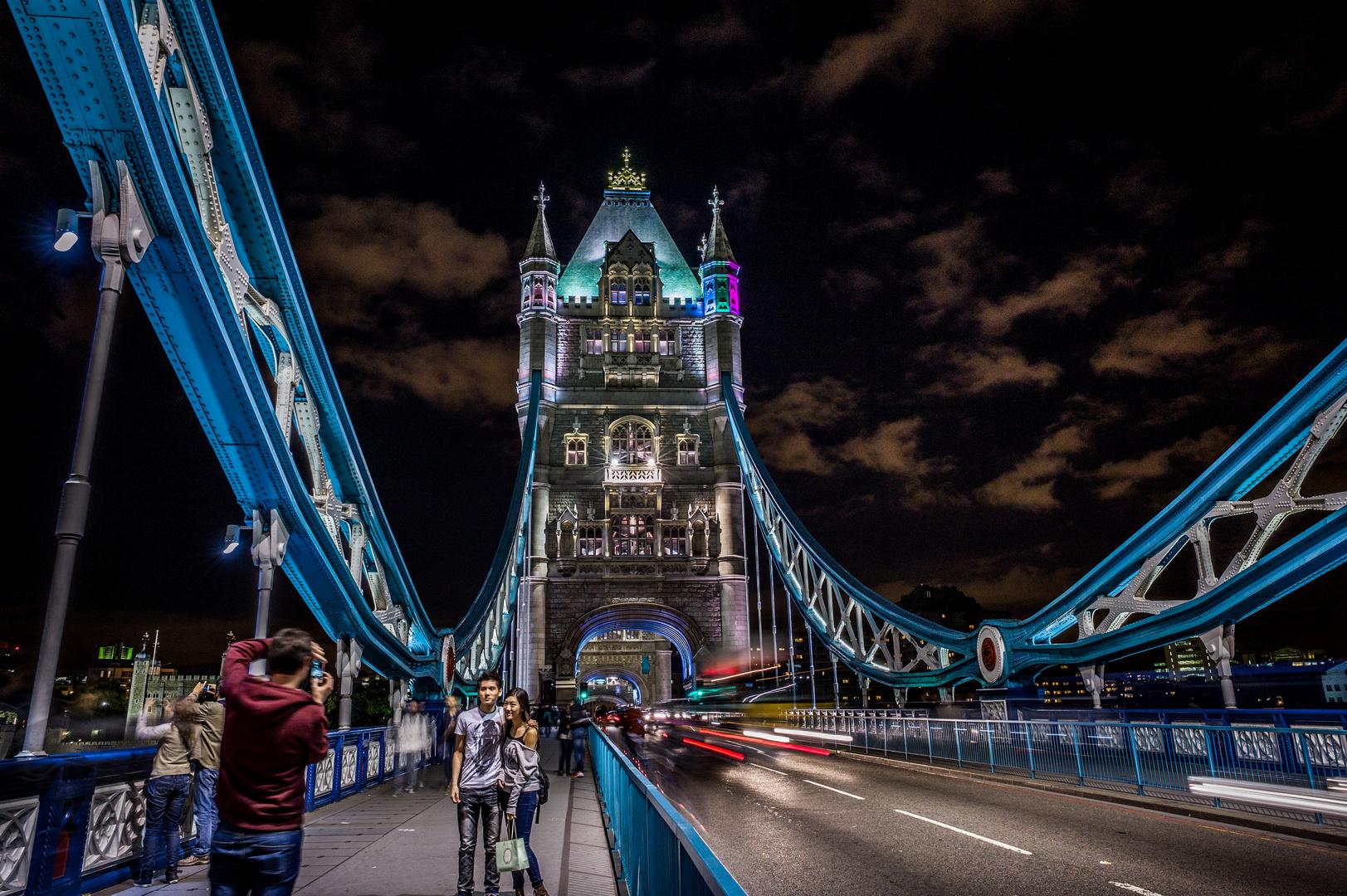 London by Night (I)