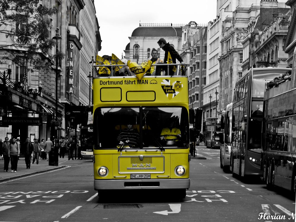lonDOn in schwatz und gelb