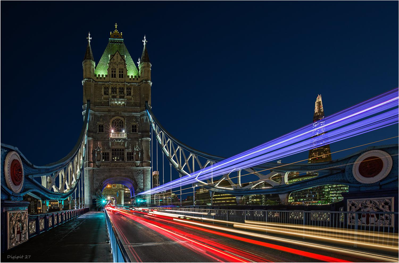London Tower Bridge 2017-02