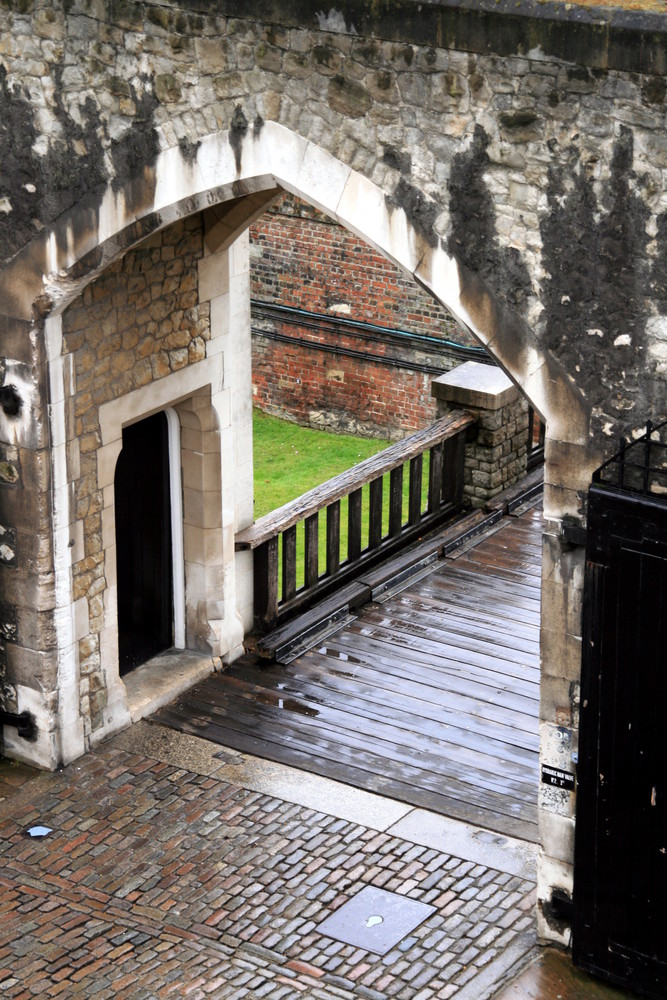 London - Tower Tor