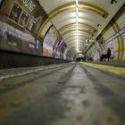 London Transport-The Tube-Covent-Garden