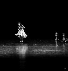 Lonely Dancer II