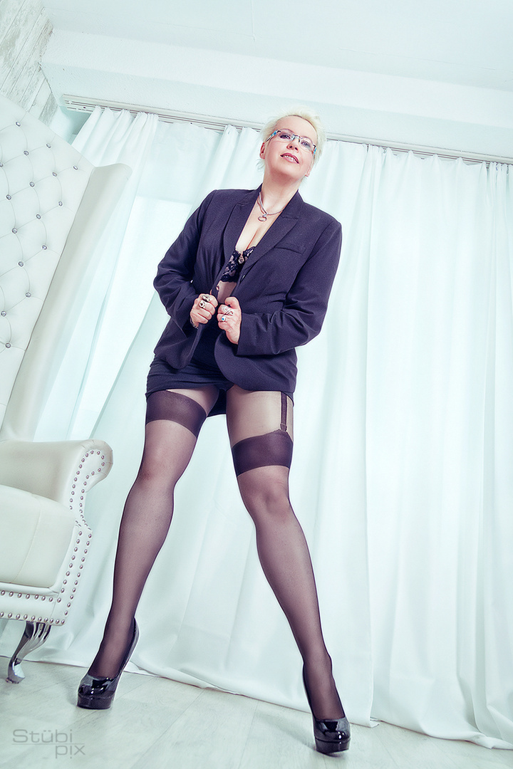 long legs in new tights