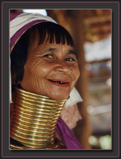 long-necked-grandma.