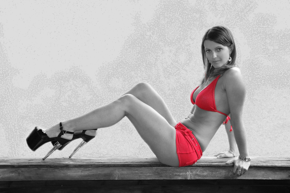 LOOK at Red Bikini BR 54-J 2940K