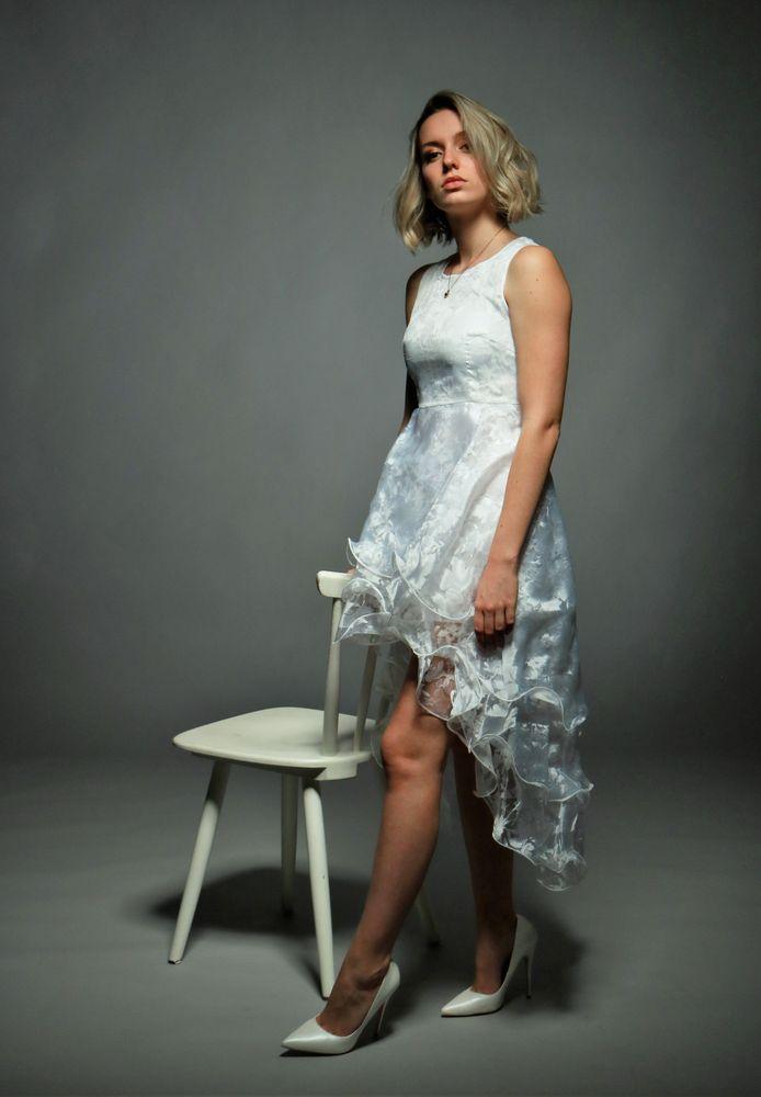 LOOK Portrait white dress Va-89col +8Fotos