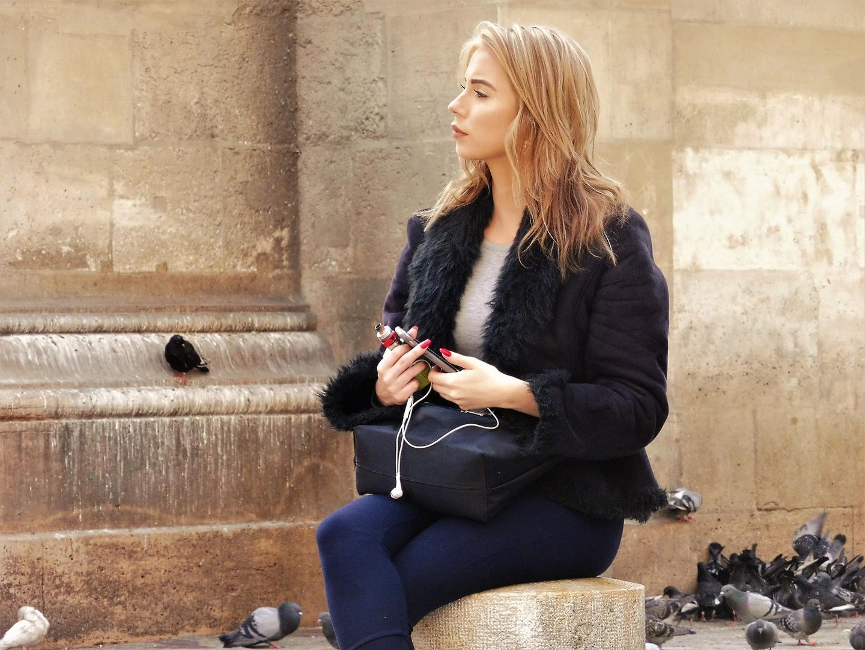 LOOK streetportrait LadyJ paris lum-19-64col undSW +8Fotos
