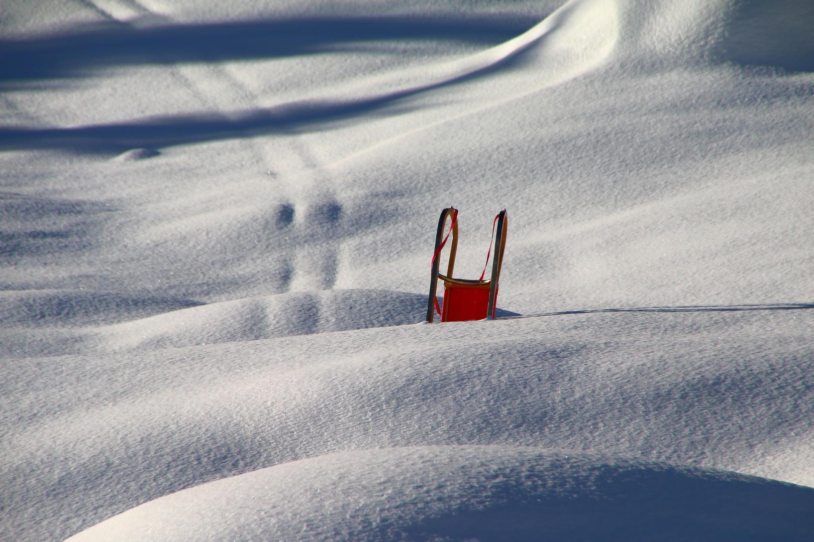Lost - Spuren im Schnee