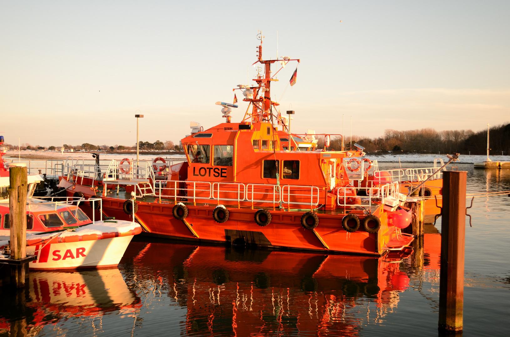 Lotsenboot in Travemünde