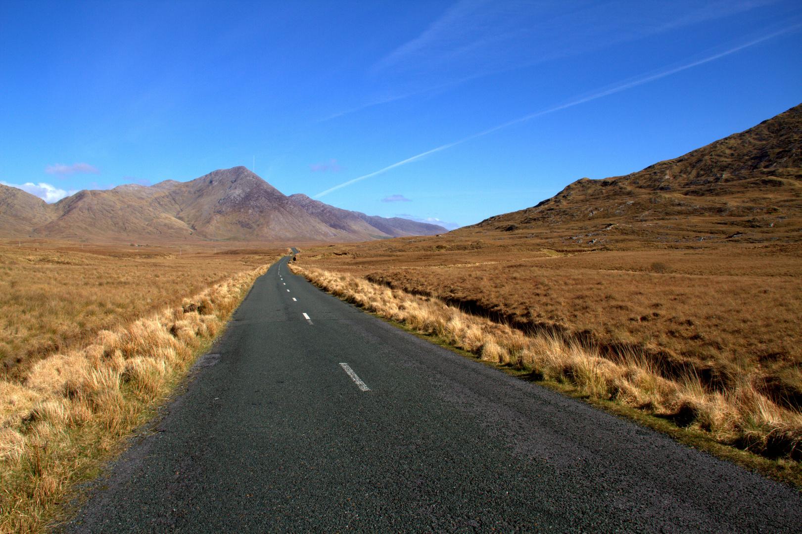 Lough Inagh Valley - Connemara