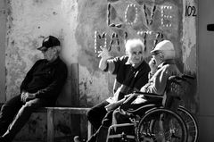Love Malta 102 2