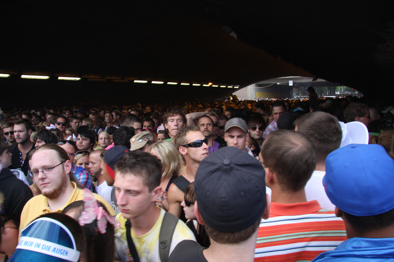Loveparade 2010. Im Tunnel