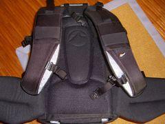 Lowepro Vertex 200 AW - Rücken