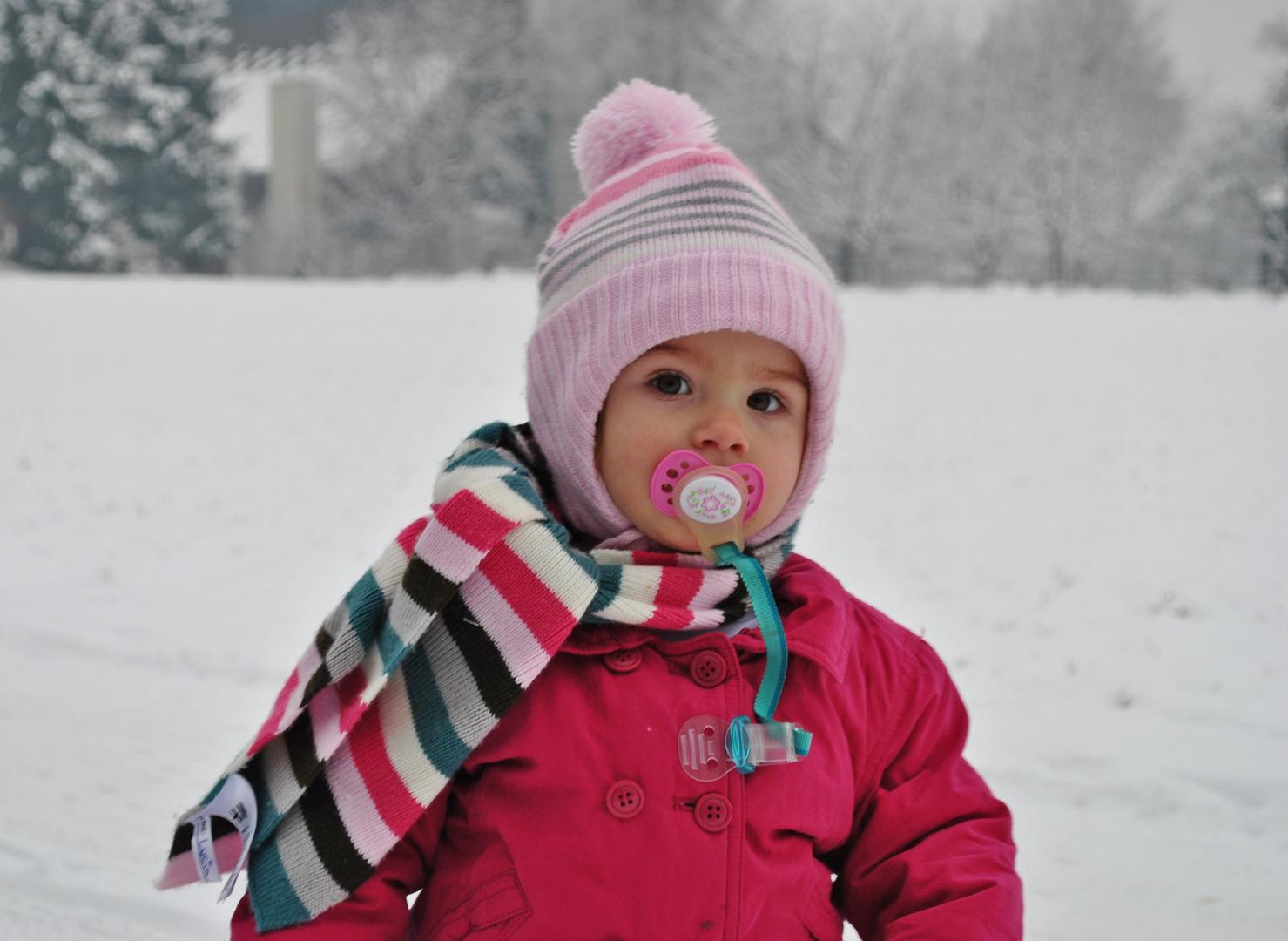 ... Lucy im Schnee ...