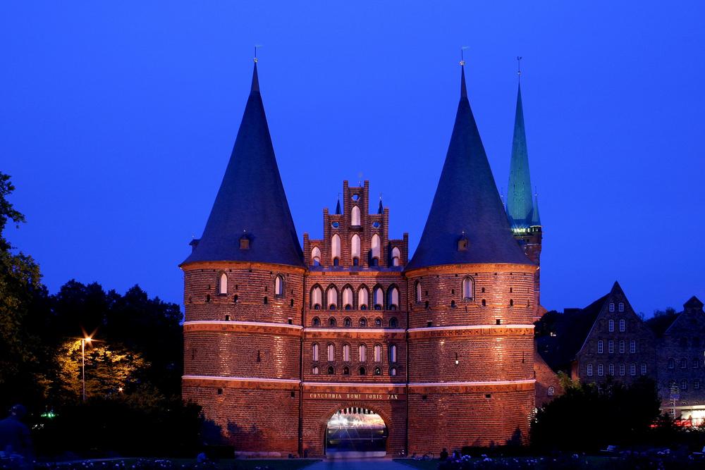 Lübeck - Holstentor @ Night